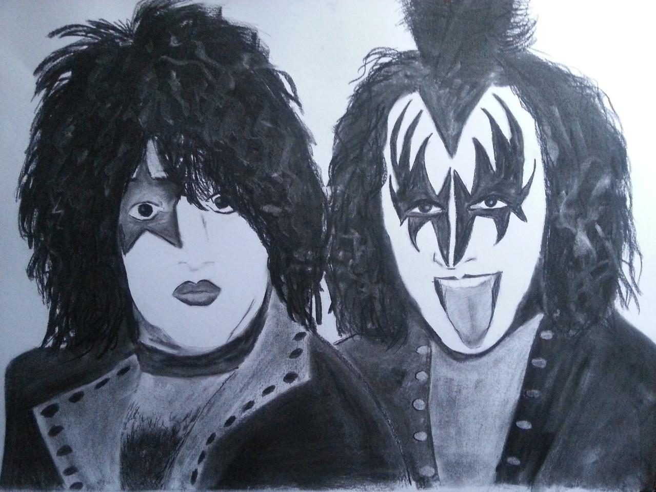 Kiss Charcoal By Nephara 2014